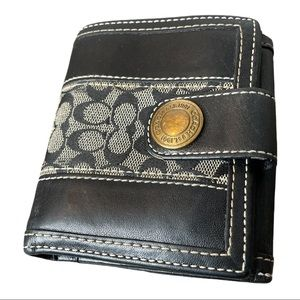Vintage Coach Signature Black Leather Wallet